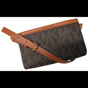 Michael Kors extra large brown Fannypack